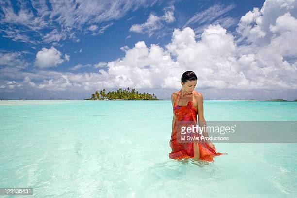 tropic woman daydream