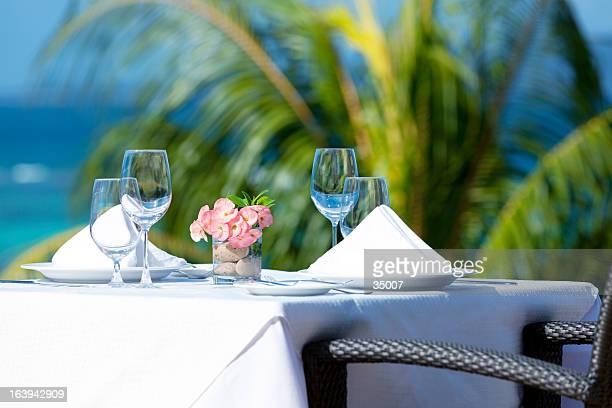 tropical belas Mesa de Jantar definição