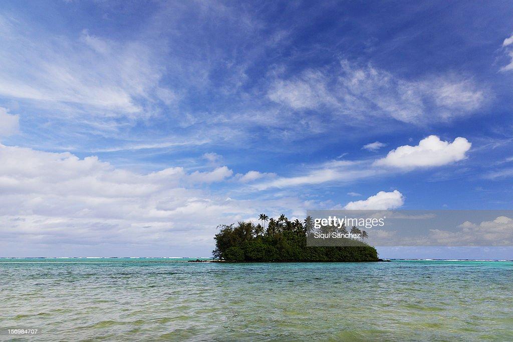 Tropical island : Stock Photo