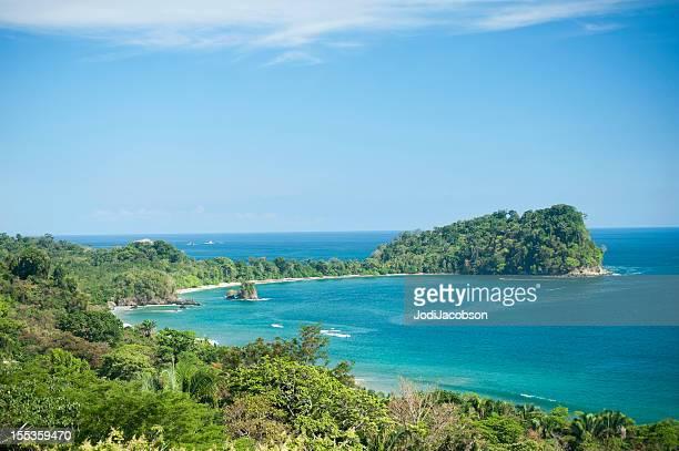 Tropischer Regenwald und Meer in Costa Rica
