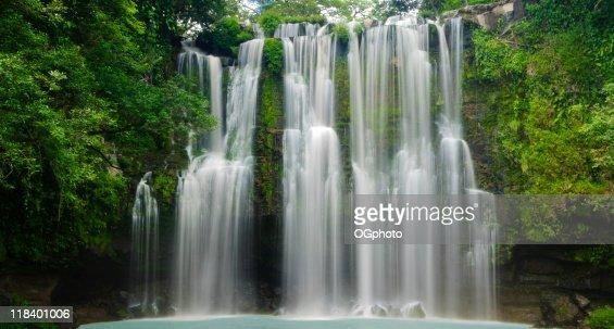 XXXL: Tropical Waterfall