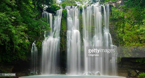 XXXL: Cascata tropicale