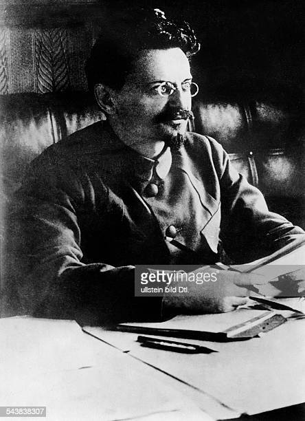 Trotzki Leo Politician Russia*07111879 Communisit politician Bolshevik revolutionary and Marxist theorist ca 1920 Photographer Walter GirckeVintage...