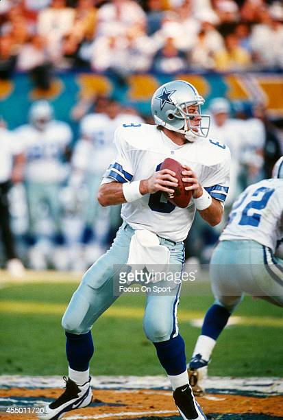Troy Aikman of the Dallas Cowboys drops back to pass against the Pittsburgh Steelers during Super Bowl XXX on January 28 1996 at Sun Devil Stadium in...