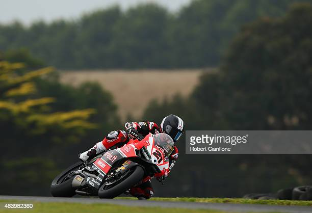 Troy Bayliss of Australia rides the Arubait RacingDuctati Superbike Team Ducati Panigale R during practice for the World Superbikes World...