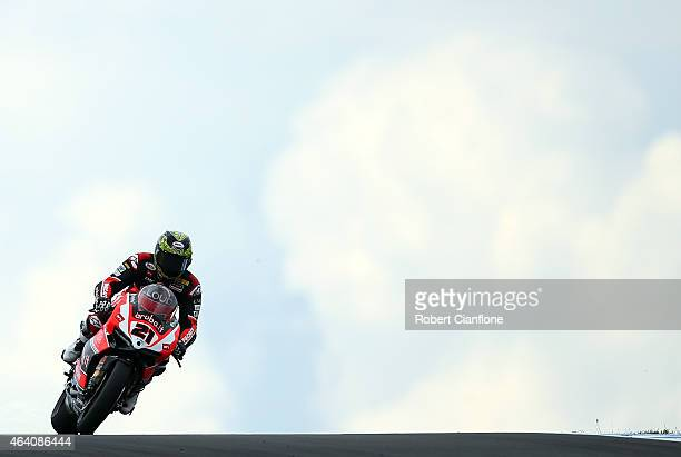 Troy Bayliss of Australia rides the Arubait RacingDuctati Superbike Team Ducati Panigale R during race two of the World Superbikes World Championship...