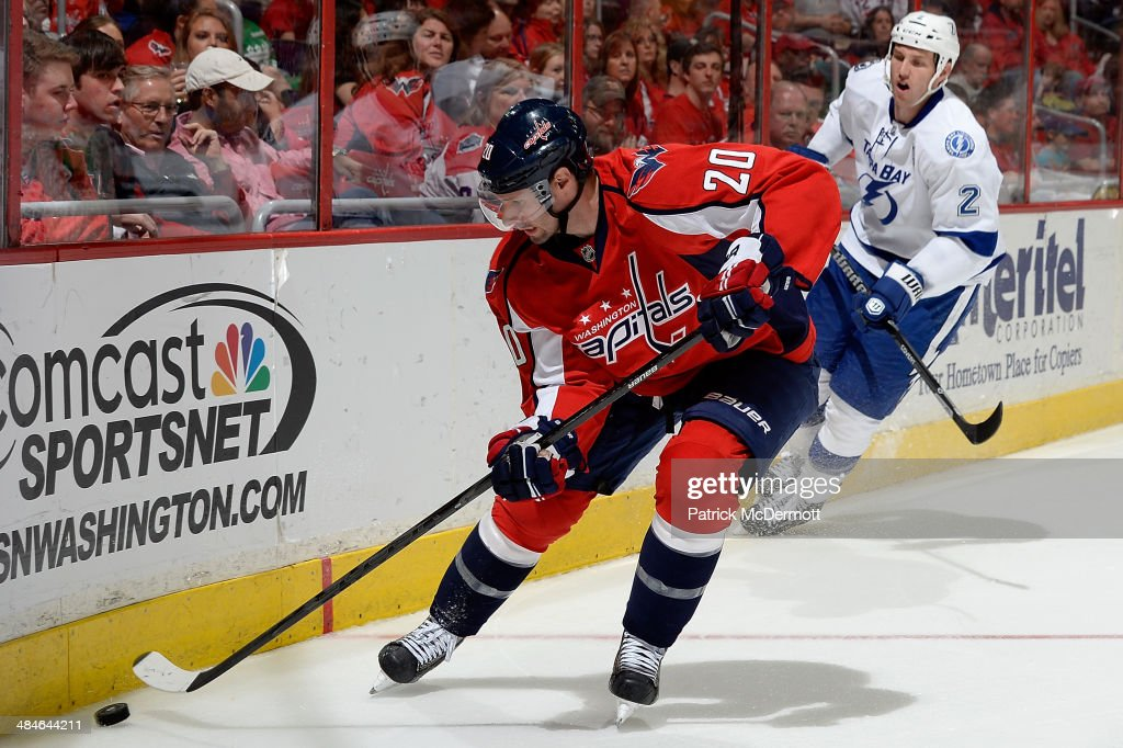 <a gi-track='captionPersonalityLinkClicked' href=/galleries/search?phrase=Troy+Brouwer&family=editorial&specificpeople=4155305 ng-click='$event.stopPropagation()'>Troy Brouwer</a> #20 of the Washington Capitals controls the puck during the second period of an NHL game at Verizon Center on April 13, 2014 in Washington, DC.