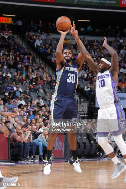 Troy Daniels of the Memphis Grizzlies shoots the ball during a game against the Sacramento Kings on March 27 2017 at Golden 1 Center in Sacramento...