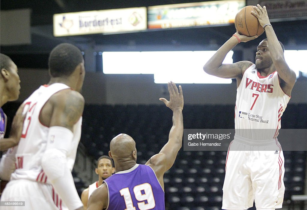 Troy Daniels #7 of the Rio Grande Valley Vipers shoots a three pointer against the Iowa Energy on April 8, 2014 during game one first round of the 2014 NBA-Development League playoffs at the State Farm Arena in Hidalgo, Texas.