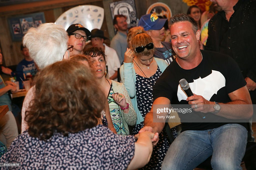 <a gi-track='captionPersonalityLinkClicked' href=/galleries/search?phrase=Troy+Gentry&family=editorial&specificpeople=587645 ng-click='$event.stopPropagation()'>Troy Gentry</a> of Montgomery Gentry enjoys karaoke Night with campers during the ACM Lifting Lives Music Camp on June 26, 2016 in Nashville, Tennessee.