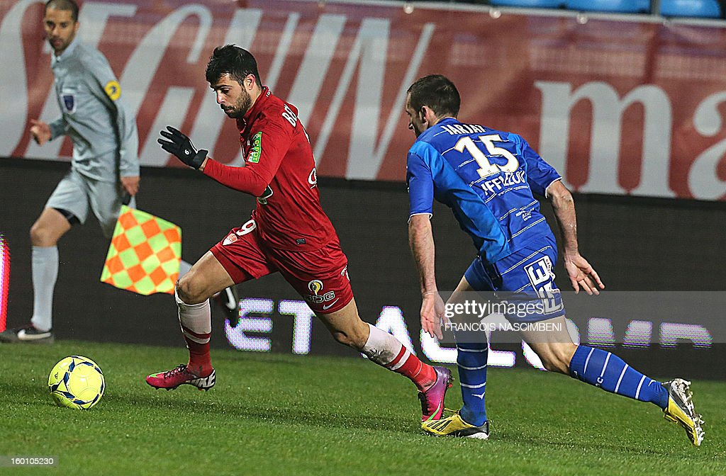 Troyes' defrender Florian Jarjat (R) vies with Brest's Israelian forward Eden Ben Basat (L) during the French L1 football match Troyes vs Brest on January 26, 2013 at the Aube stadium in Troyes. PHOTO