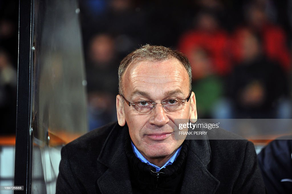 Troyes' French coach Jean-Marc Furlan attends the French L1 football match between Lorient (FCL) and Troyes (ESTAC), on January 19, 2013, at the Moustoir Stadium in Lorient, western France.