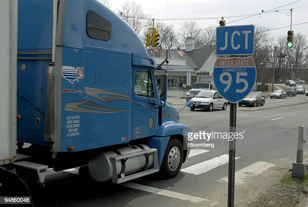 A truck drives by a sign for I95 heading north in Bridgeport Connecticut March 26 2004 A stretch of Interstate 95 in Connecticut used by as many as...