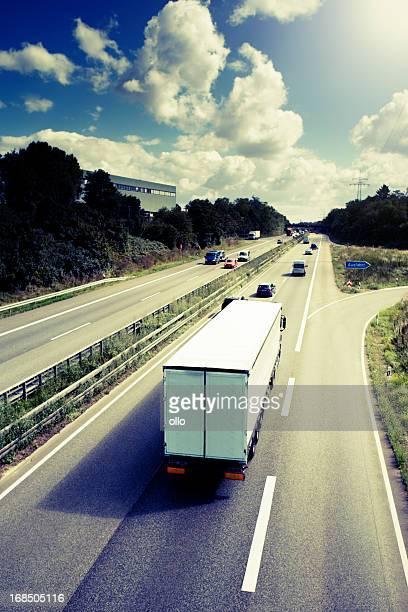Lkw auf der Autobahn-Deutsche Autobahn
