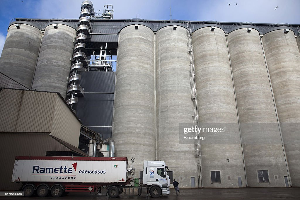 A truck waits to be filled with cereal grain from silos at the Groupe Soufflet plant in Nogent-sur-Seine, France, on Tuesday, Dec. 4, 2012. European Union corn imports may be the second-highest on record this season after drought parched crops and a surge in wheat exports curbed domestic grain supply. Photographer: Balint Porneczi/Bloomberg via Getty Images