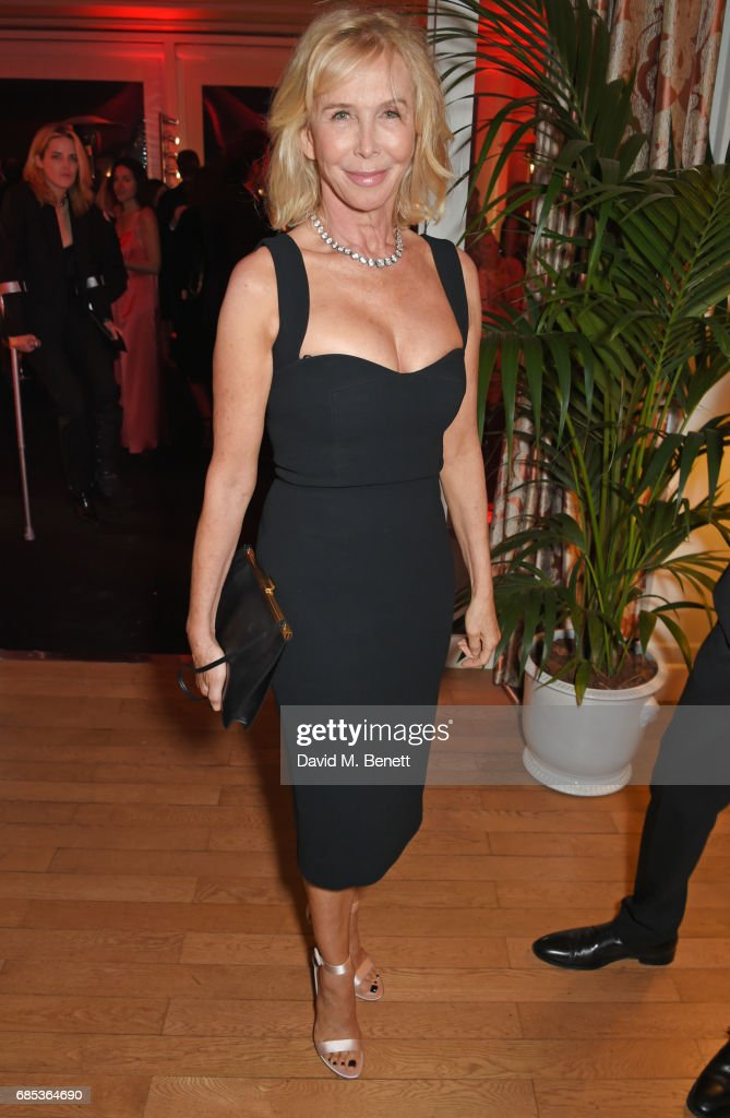 Trudie Styler attends The 9th Annual Filmmakers Dinner hosted by Charles Finch and Jaeger-LeCoultre at Hotel du Cap-Eden-Roc on May 19, 2017 in Cap d'Antibes, France.