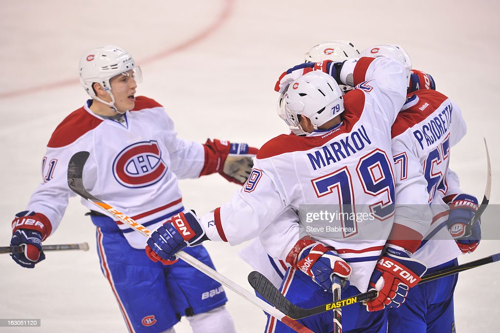 Tthe Montreal Canadiens celebrate a goal against the Boston Bruins at the TD Garden on March 3, 2013 in Boston, Massachusetts.