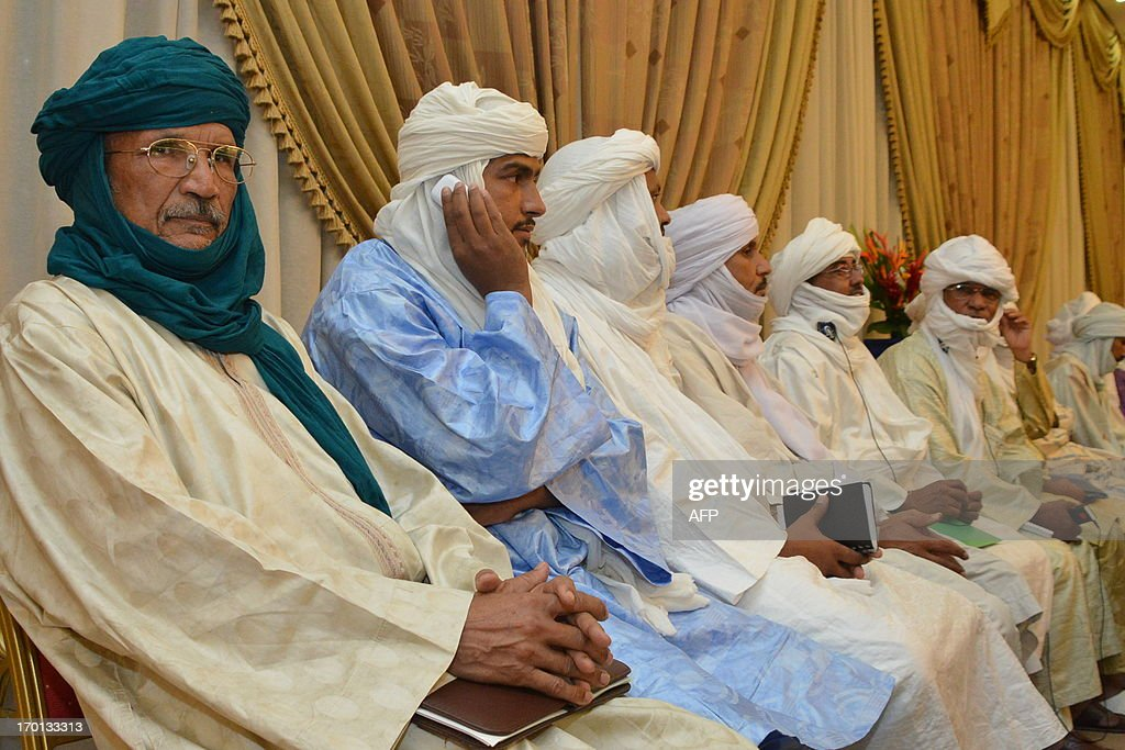 Tuareg leaders attend a meeting on the Malian crisis on June 7, 2013, in Ouagadougou. Talks initially planned for June 7 were postponed.