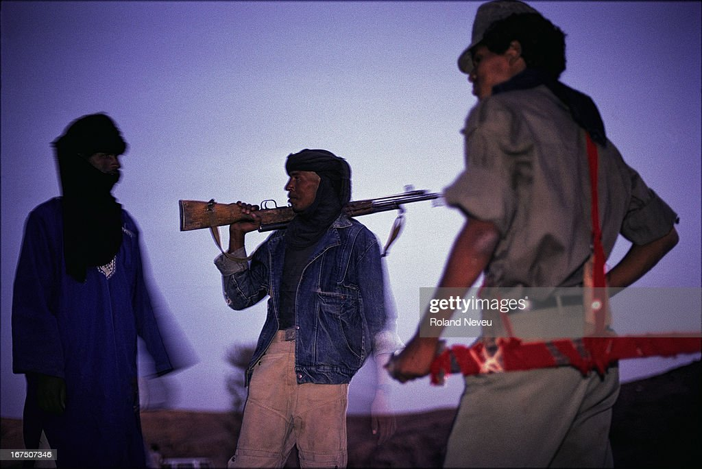 Tuaregs militia are in rebellion against the Malian governement and are controling a sizeable part of the desert in the central Sahara, south of Algeria and this with the help of Khadafi..