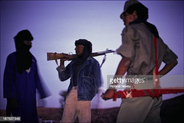Tuaregs militia are in rebellion against the Malian governement and are controling a sizeable part of the desert in the central Sahara south of...