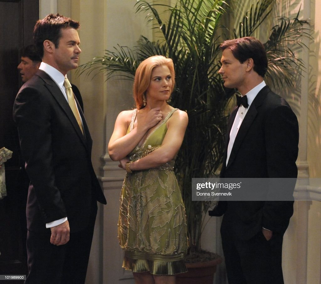 LIVE - Tuc Watkins (David), Gina Tognoni (Kelly) and Gavin Alexander Hammon (Reed) in a scene that begins airing the week of May 31, 2010 on ABC Daytime's 'One Life to Live.' 'One Life to Live' airs Monday-Friday (2:00 p.m. - 3:00 p.m., ET) on the ABC Television Network. OLTL10 (Photo by Donna Svennevik/ABC via Getty Images) TUC