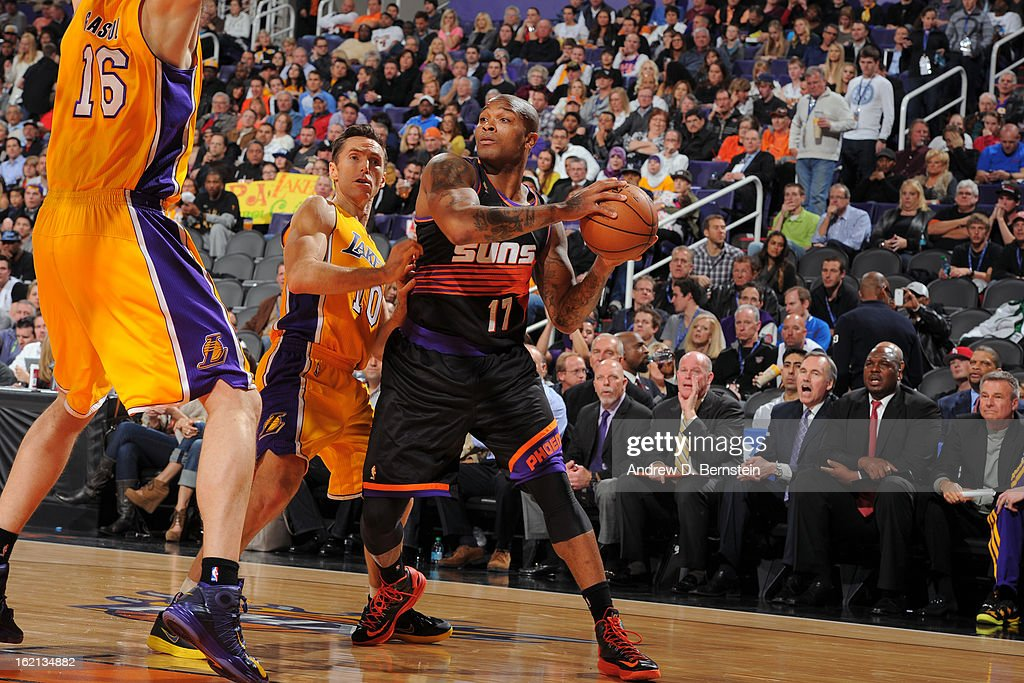 P.J. Tucker #17 of the Phoenix Suns looks to pass the ball against the Los Angeles Lakers at US Airways Center on January 30, 2013 in Phoenix, Arizona.