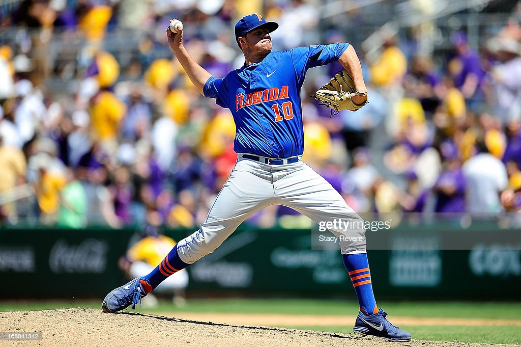 Tucker Simpson #10 of the Florida Gators throws a pitch against the LSU Tigers during a game at Alex Box Stadium on May 4, 2013 in Baton Rouge, Louisiana.