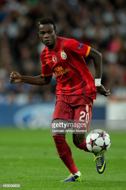Tue Na Bangna Bruma of Galatasaray AS controls the ball during the UEFA Champions League group B match between Real Madrid CF and Galatasaray AS at...