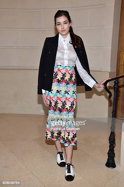 Tugba Sunguroglu attends 'Chanel Collection des Metiers d'Art 2016/17 Paris Cosmopolite' Show on December 6 2016 in Paris France