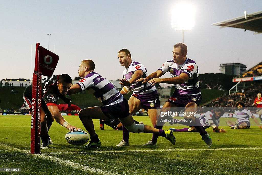 Tuimoala Lolohea of the Warriors scores a try in the corner during the round 18 NRL match between the New Zealand Warriors and the Melbourne Storm at Mt Smart Stadium on July 12, 2015 in Auckland, New Zealand.