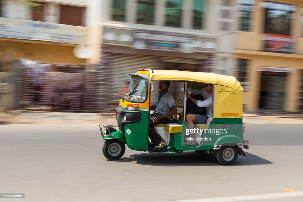 tuk tuk rickshare in agra stock foto getty images. Black Bedroom Furniture Sets. Home Design Ideas