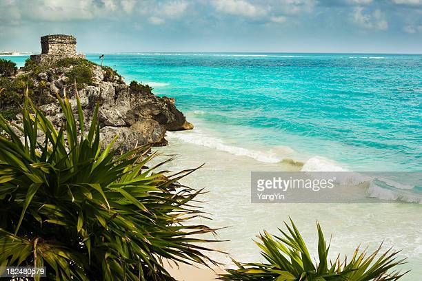 Tulum ruins and the beach, Caribbean, Riviera Maya, Mexico