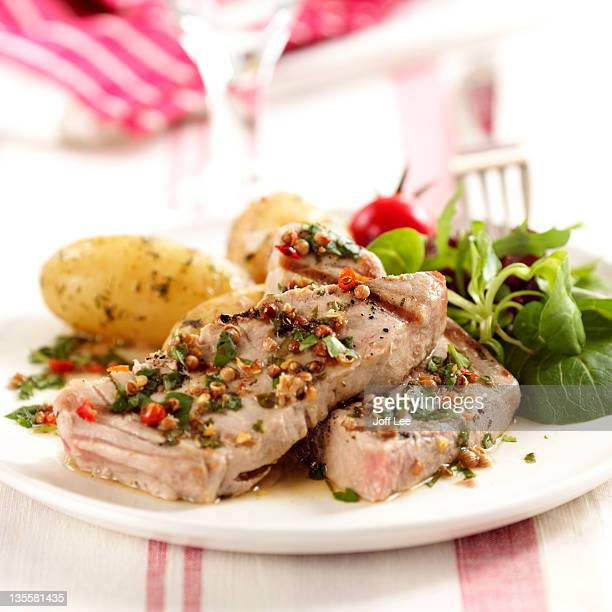 Tuna steak with coriander marinade