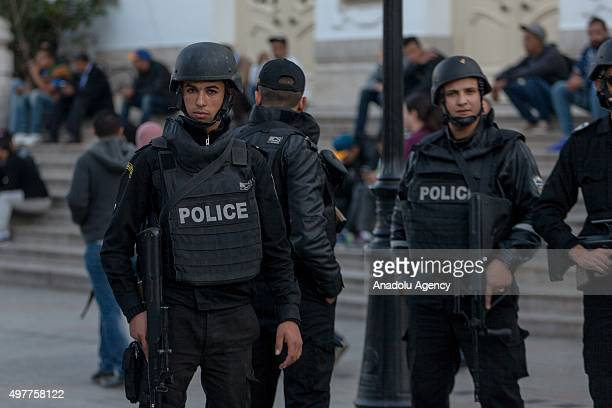 Tunisian police take security measures at Avenue Habib Bourguiba in Tunisian capital on November 18 as Tunisia tightens security after deadly terror...