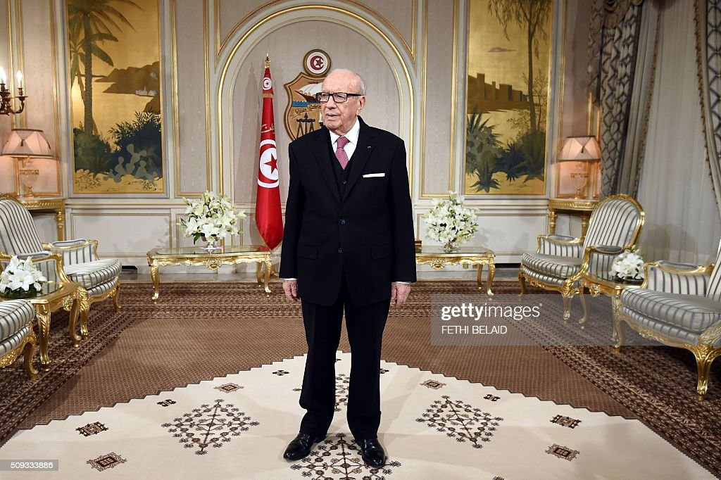 Tunisian President Beji Caid Essebsi waits to meet with the European Parliament President at the Carthage Palace in Tunis on February 10, 2016. European Parliament President Martin Schulz is on a three day visit to Tunisia. / AFP / FETHI BELAID