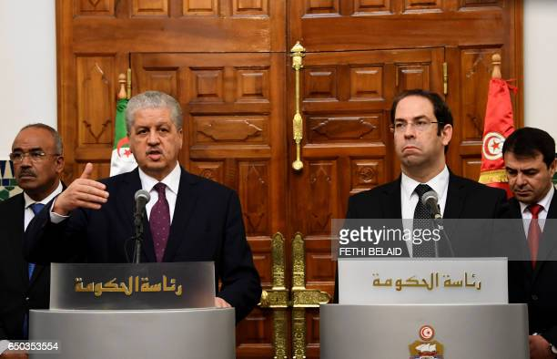 Tunisian Prime Minister Youssef Chahed and his Algerian counterpart Abdelmalek Sellal give a press conference after signing the cooperation...