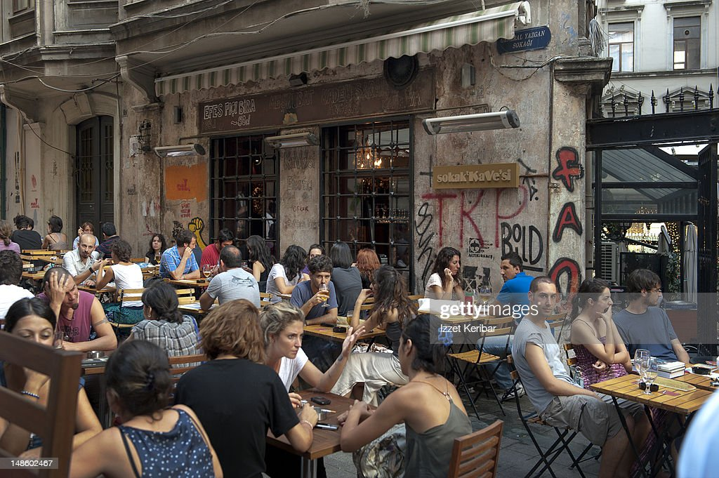 Tunnel neighbourhood small restaurants, Istiklal Street.