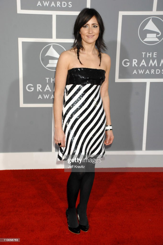 <a gi-track='captionPersonalityLinkClicked' href=/galleries/search?phrase=KT+Tunstall&family=editorial&specificpeople=216375 ng-click='$event.stopPropagation()'>KT Tunstall</a>, nominee Best Female Pop Vocal Performance for Black Horse and the Cherry Tree