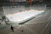 General view of the Palasport Olimpico ice rink taken during the final preparations of the Winter Olympic Games 07 February 2006 in Turin The opening...
