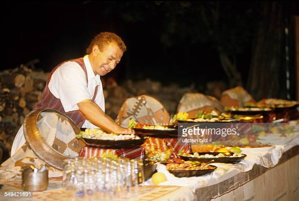 Robinson Club Camyuva festivity in the evening food preparation