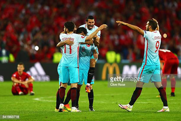 Turkey players celebrate at full time after the UEFA EURO 2016 Group D match between Czech Republic and Turkey at Stade BollaertDelelis on June 21...