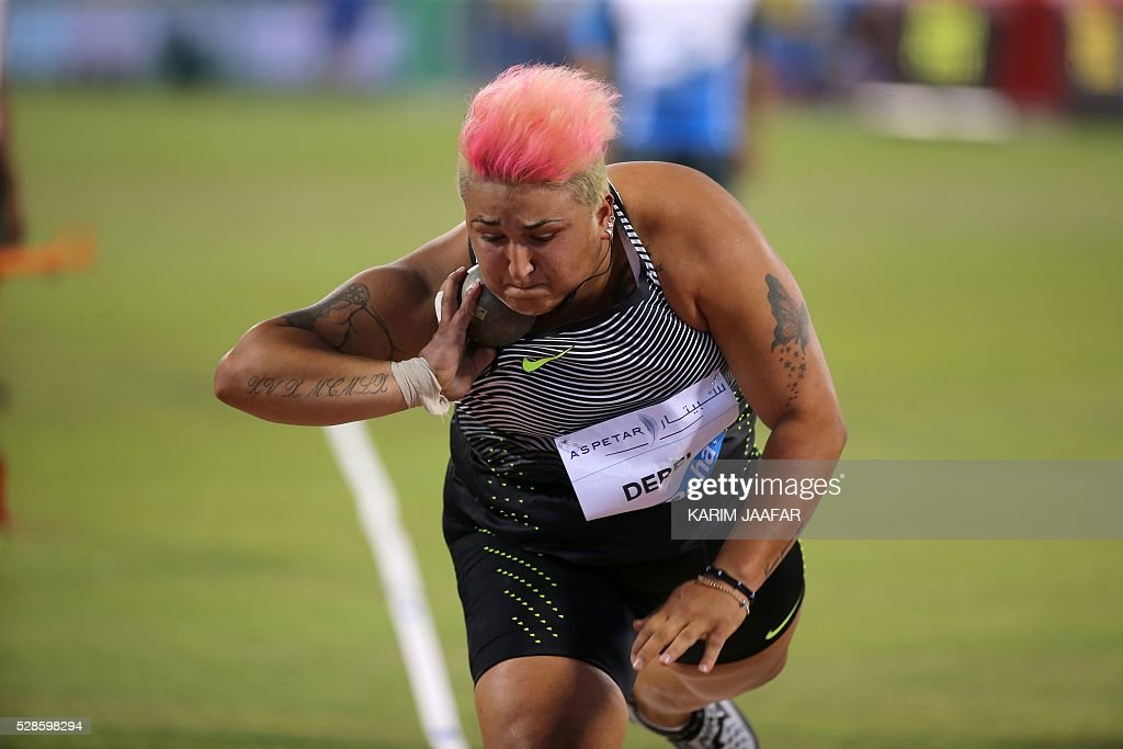 Turkey's Emel Dereli competes in the Shot Put at the Diamond League athletics competition at the Suhaim bin Hamad Stadium in Doha, on May 6, 2016. / AFP / KARIM
