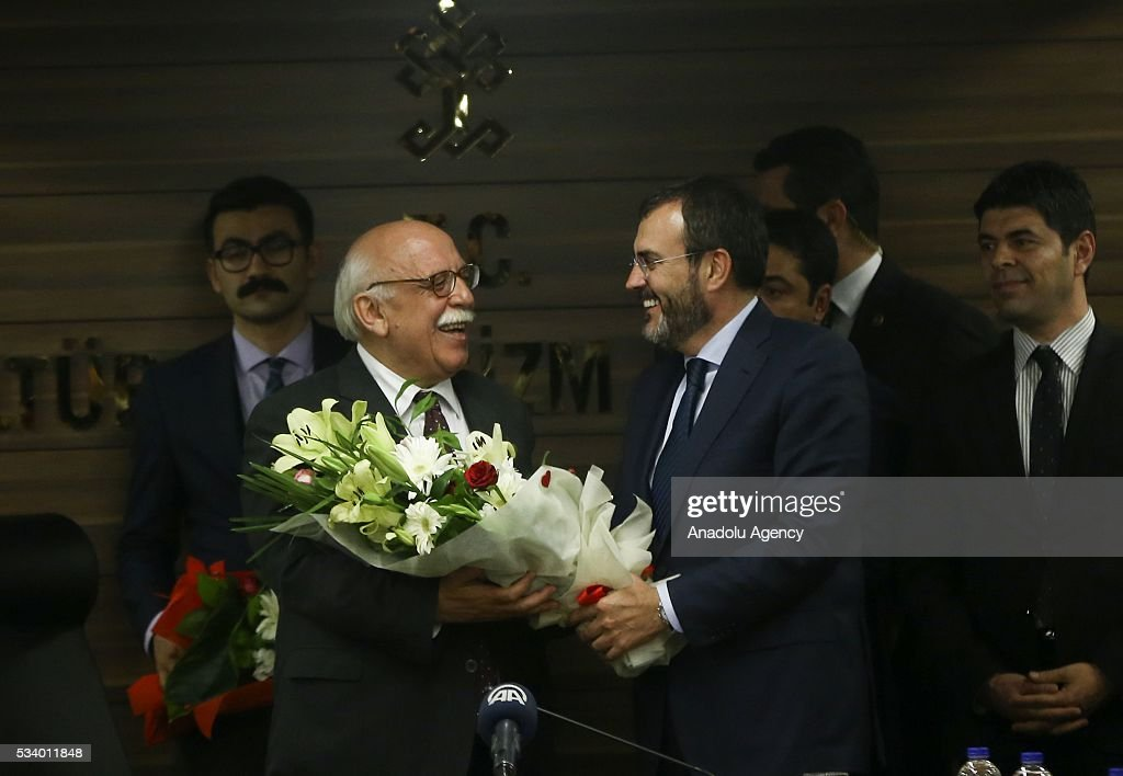 Turkey's new Culture and Tourism Minister Nabi Avci (L) and his predecessor Nabi Avci (R) are seen during the handover ceremony in Ankara, Turkey on May 24, 2016.