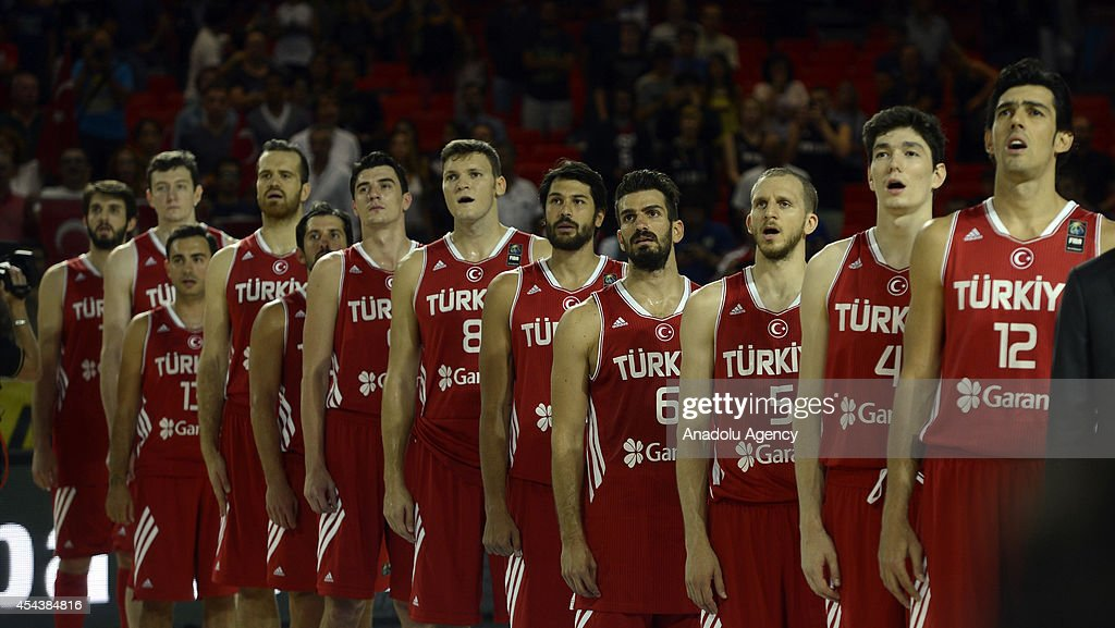 Turkey's players line up for the national anthem ahead of the 2014 FIBA World basketball championships group C match between New Zealand and Turkey at the Bizkaia Arena in Bilbao, Spain on August 30, 2014.