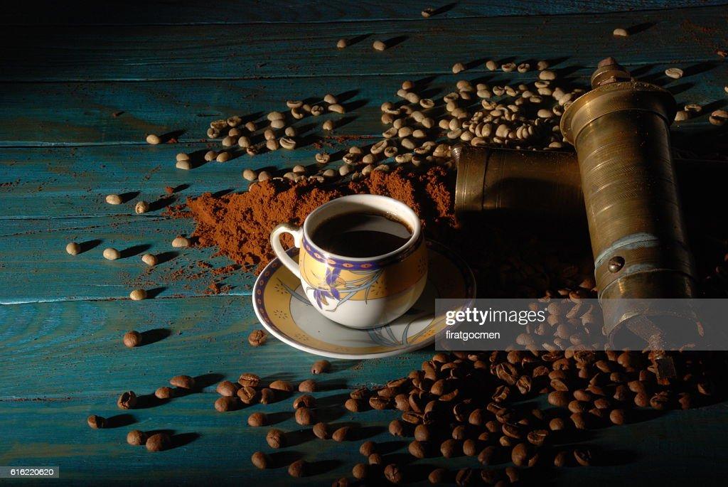 Turkish coffee and girinder : Foto stock