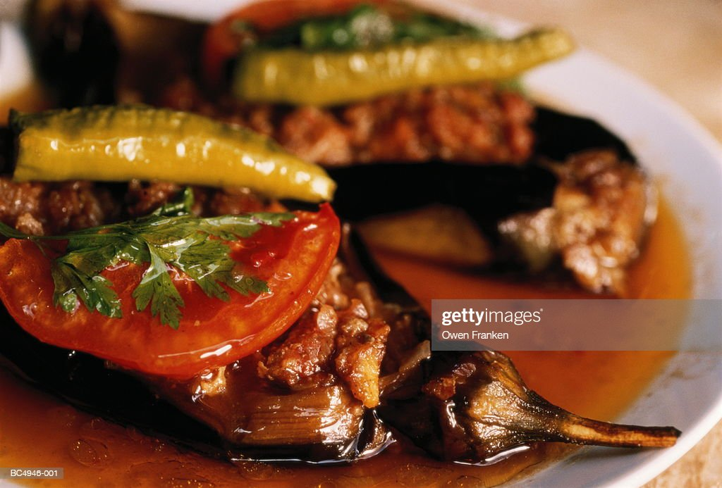 Turkish food, stuffed aubergine with lamb (karni yarik) : Stock Photo