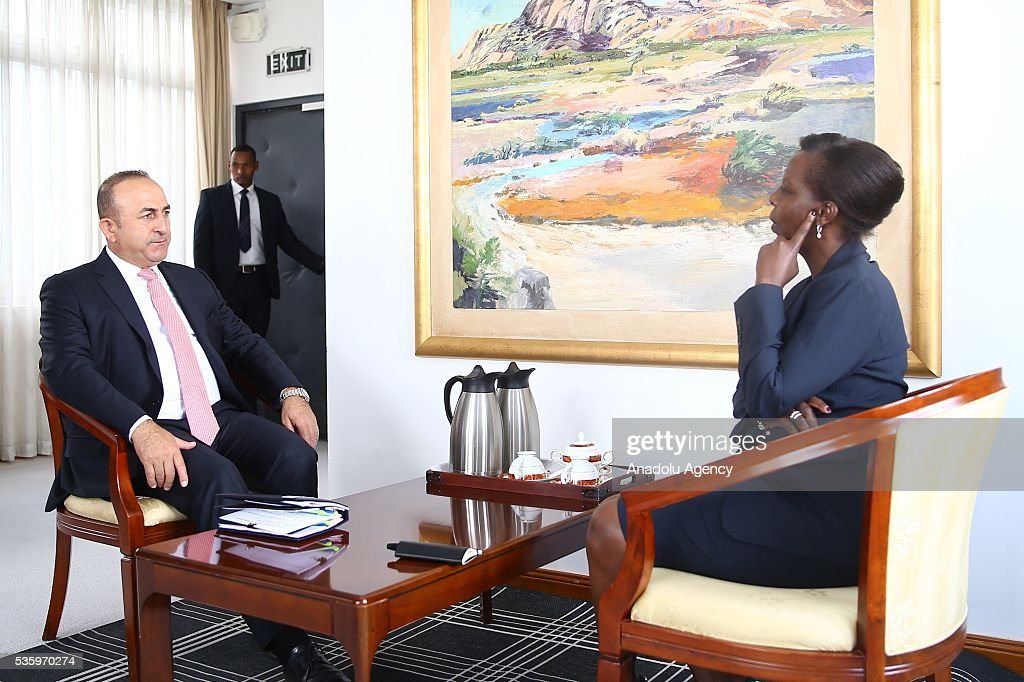 Turkish Foreign Minister Mevlut Cavusoglu (L) and Foreign Minister of Rwanda Louise Mushikiwabo (R) are seen during their meeting in Kigali, Rwanda on May 31, 2016.