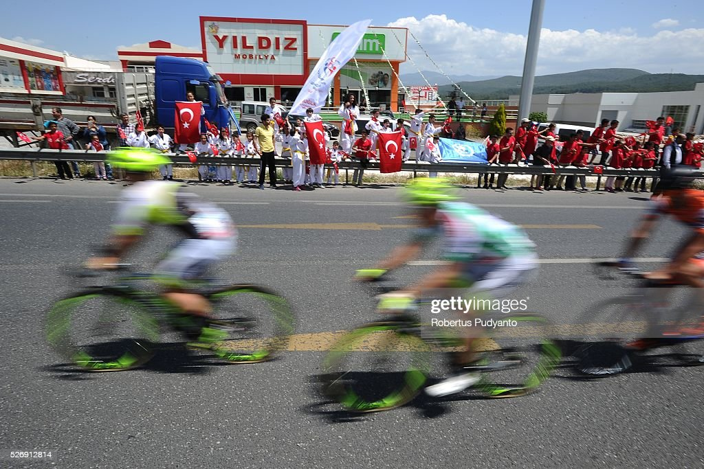 Turkish people support the cyclists during Stage 8 of the 2016 Tour of Turkey, Marmaris to Selcuk (201.5 km) on May 1, 2016 in Marmaris, Turkey.