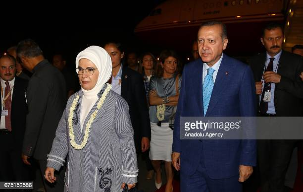 Turkish President Recep Tayyip Erdogan and his wife Emine Erdogan are welcomed by Indian Minister of Youth Affairs and Sports Vijay Goel Turkish...