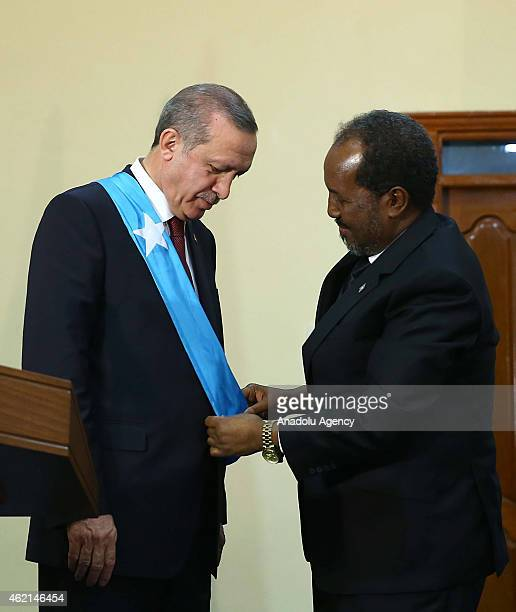 Turkish President Recep Tayyip Erdogan and Somalian President Hassan Sheikh Mohamoud attend a press conference in Mogadishu Somalia on January 25 2015